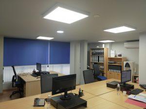 Instalación de iluminación de oficinas - Electricitat Caricano